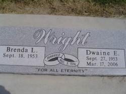 Dwaine E Wright