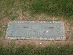 Dorothy Lee <i>Wicks</i> Aigner