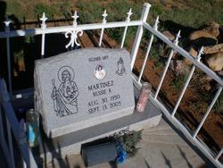 Bessie R Martinez