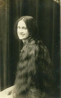 Nellie Isabelle <i>Cox</i> Beyersdoerfer