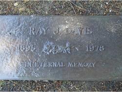 Raymond Jewett Davis