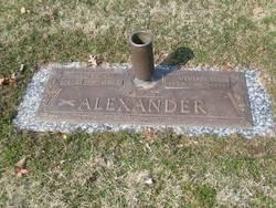 Vivian Louise <i>Waldon</i> Alexander