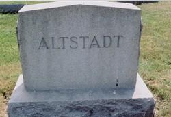 Ellen Gertrude <i>Reilly</i> Altstadt