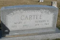 Mary Jane <i>Artis</i> Cartee