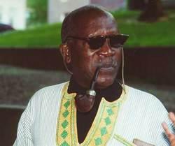 Ousmane Semb�ne