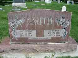 Lois <i>Dinsdale</i> Smith