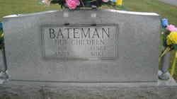 Myrtle L <i>Dean</i> Bateman