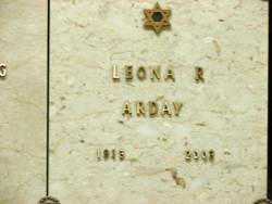 Leona Roslyn <i>Dreissiger</i> Arday