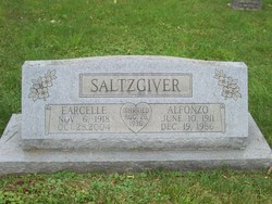 Earcelle <i>Stratton</i> Saltzgiver