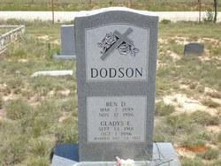 Gladys Elder <i>Wyatt</i> Dodson