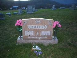 Hilda I Boyer