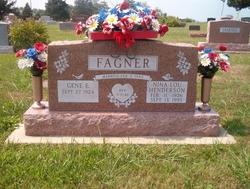 Nina Lou <i>Henderson</i> Fagner