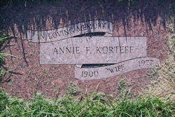 Annie Francis <i>Kret</i> Korteff