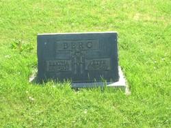 Bertha M. <i>Schultz</i> Berg