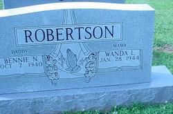 Bennie N Robertson