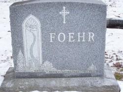 Elizabeth <i>Kourik</i> Foehr