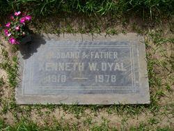 Kenneth Warren Ken Dyal