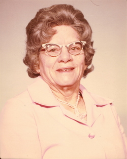 Mildred Elizabeth <i>Mosbarger</i> Davenport