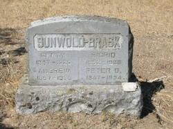 Gertrude Gertie <i>Peterson</i> Sunwold