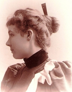 Lily Kyle <i>Burleson</i> MacDonnell