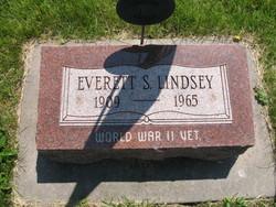 Everett S Lindsey