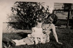 Gladys M <i>Campbell</i> Bellant