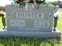 Oscar W Hunter
