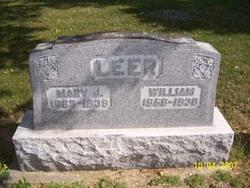 Mary J <i>McKinley</i> Leer