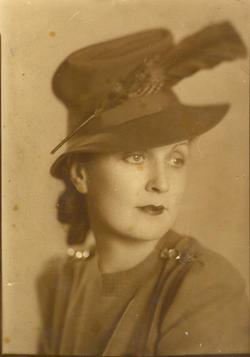 Edna Theresa <i>Linebarger</i> Banks