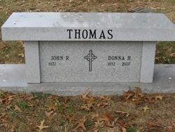 Donna <i>Henisch</i> Thomas