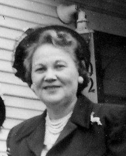 Oma <i>Dickson</i> Reynolds