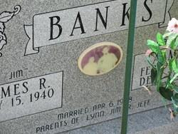 Alma Jean Jeannie <i>Courson</i> Banks