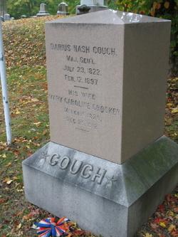 Darius Nash Couch