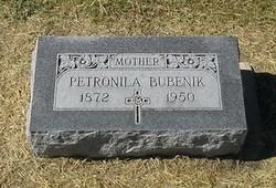 Petronila Bubenik