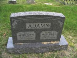Argin <i>Capps</i> Adams