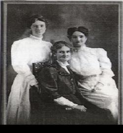 Virginia E (Jennie) <i>Young</i> Reynolds