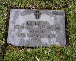 Evelyn E Huff