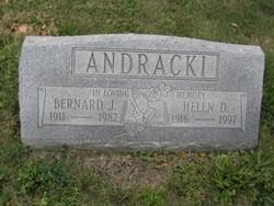 Helen M Andracki