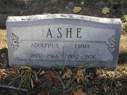 Emma L <i>Shortsleeves</i> Ashe