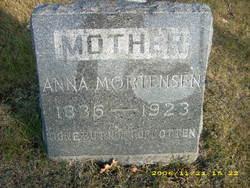 Anna Mortenson