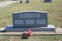 Ollie <i>Trapp</i> Oliver