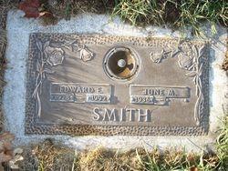 Edward E Smith