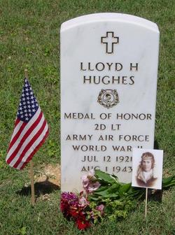 Lieut Lloyd Herbert Pete Hughes