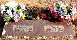 Easter Llvina EVA <i>Binam</i> Warren