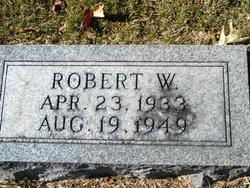Robert W Carver
