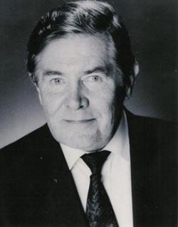 Derek Waring