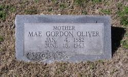 Mae <i>Gordon</i> Oliver