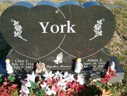Alma Effie Renie <i>Broaddus</i> York