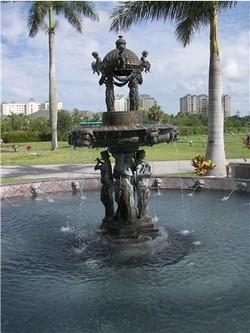 Naples Memorial Gardens Cemetery