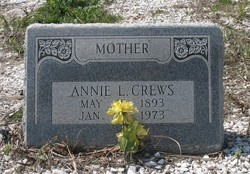 Annie Laurie <i>Ivey</i> Crews